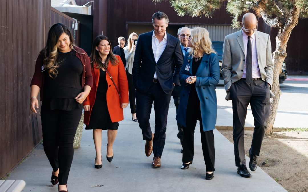 Photo Release: Governor Newsom Visits Crisis Stabilization Center in Fresno as Statewide Homelessness Tour Continues