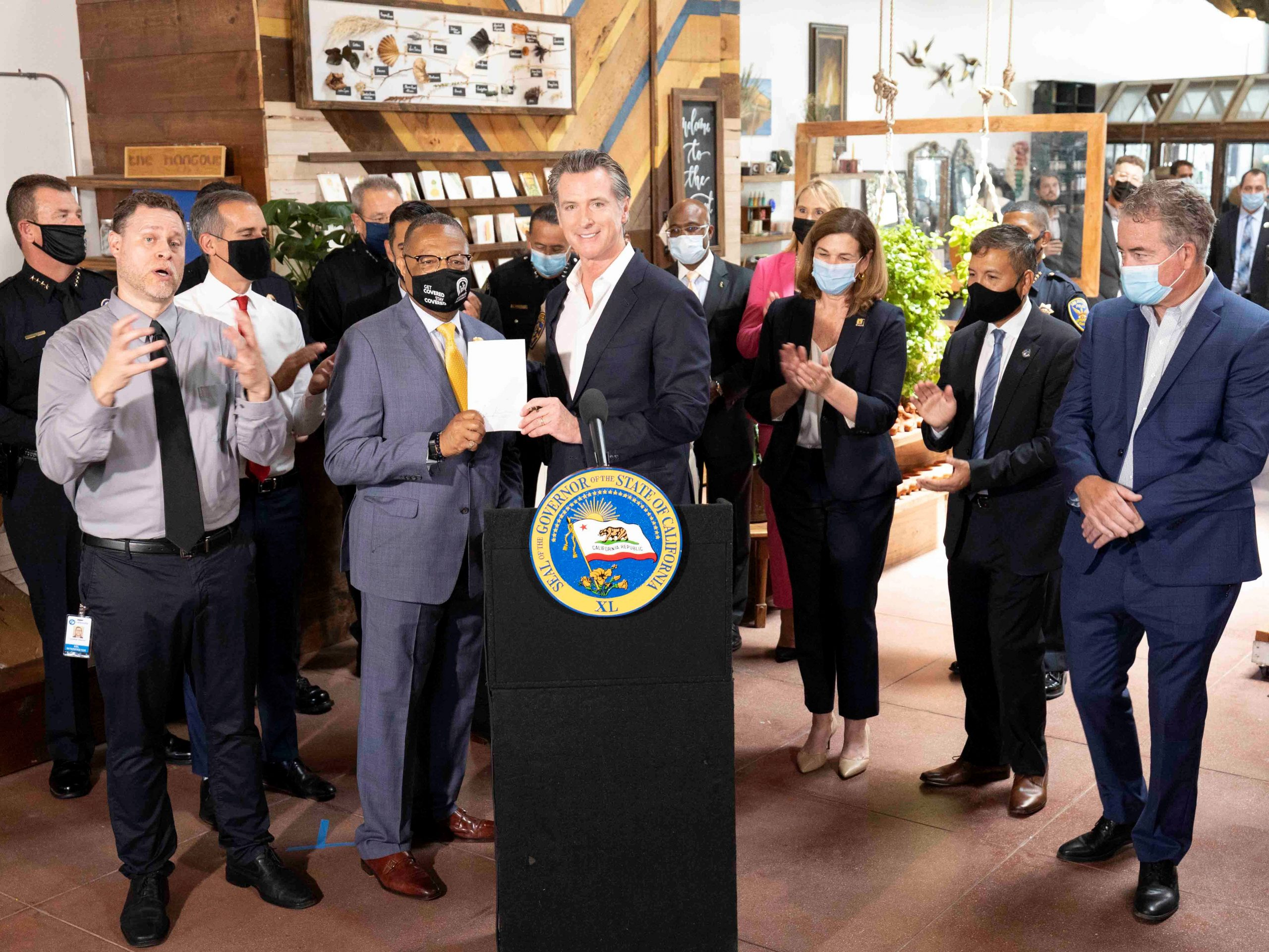 Governor Newsom Joins Law Enforcement Leaders and Big 13 Mayors to Discuss State Efforts to Reduce Crime, Signs Legislation Targeting Organized Retail Theft